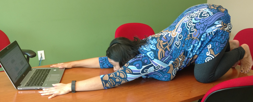 deskyoga The Complete Guide to Adding Exercise to Your Workday